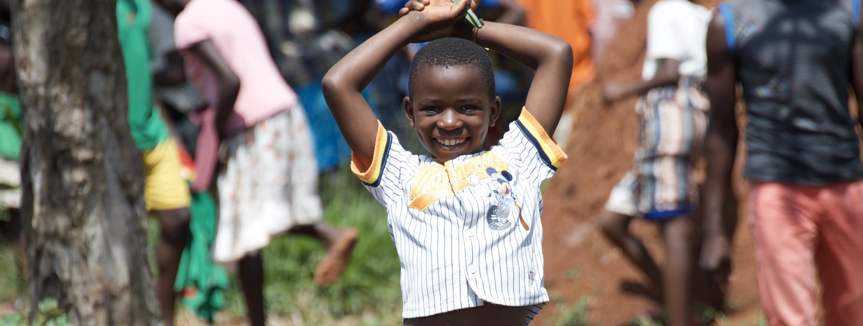 refugee child in kiryandongo refugee settlement